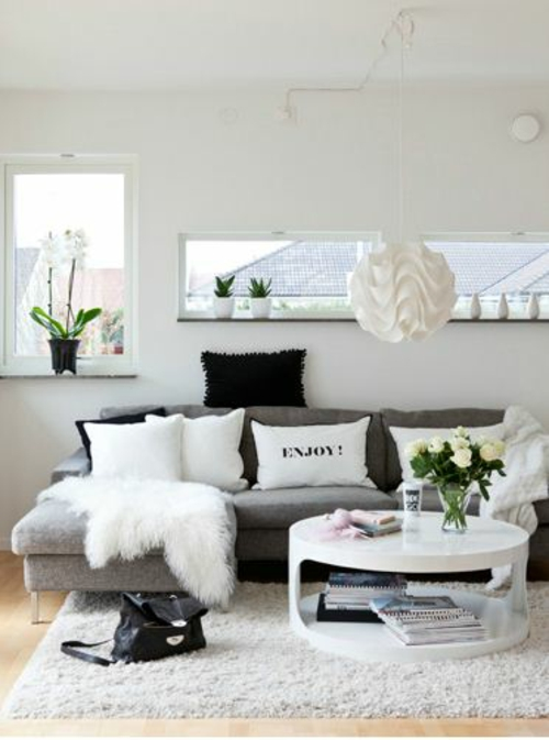 Wohnzimmer farben bilden sie schone kontraste in schwarz for Grey black and white living room