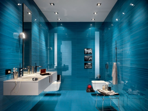 Lampe Dusche Decke : Blue Tile Bathroom