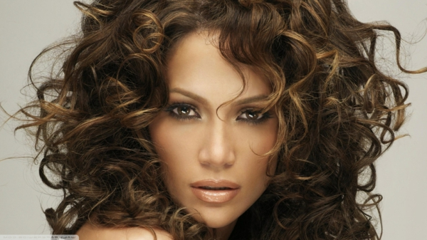 jennifer lopez lockiges haar