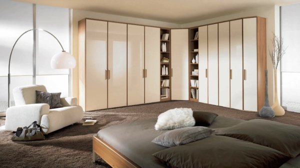 eckkleiderschrank praktische und moderne interieur. Black Bedroom Furniture Sets. Home Design Ideas