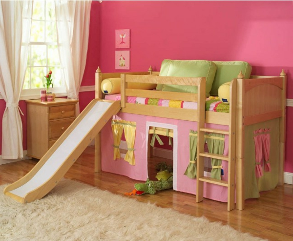 spielbett ein traum f r die kinder inspirierende spielbett designs. Black Bedroom Furniture Sets. Home Design Ideas