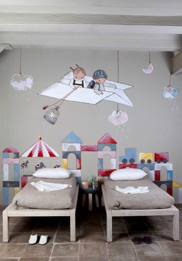 wandmalerei im kinderzimmer ein entz ckendes ambiente erschaffen. Black Bedroom Furniture Sets. Home Design Ideas