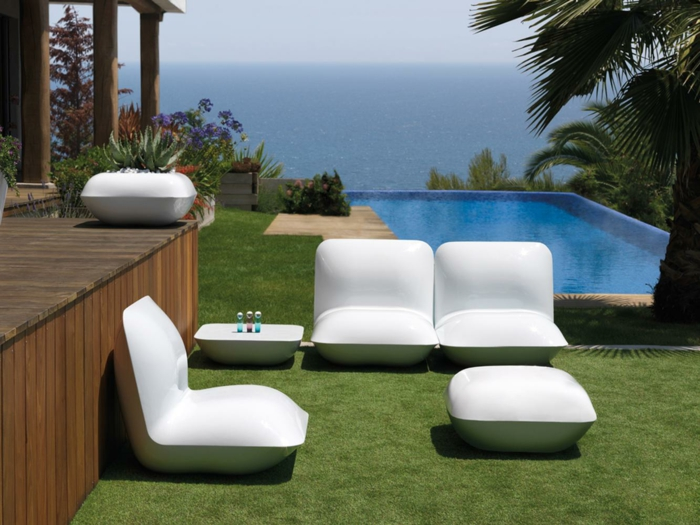 outdoor m bel f r einen harmonischen au enbereich. Black Bedroom Furniture Sets. Home Design Ideas