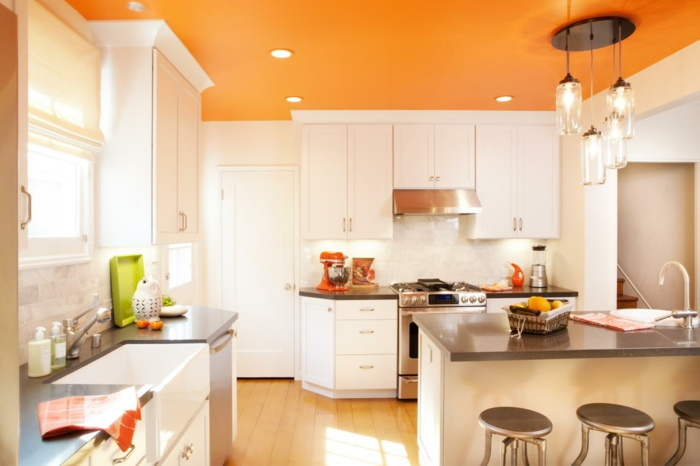 Cream Gloss Kitchen Tile Ideas