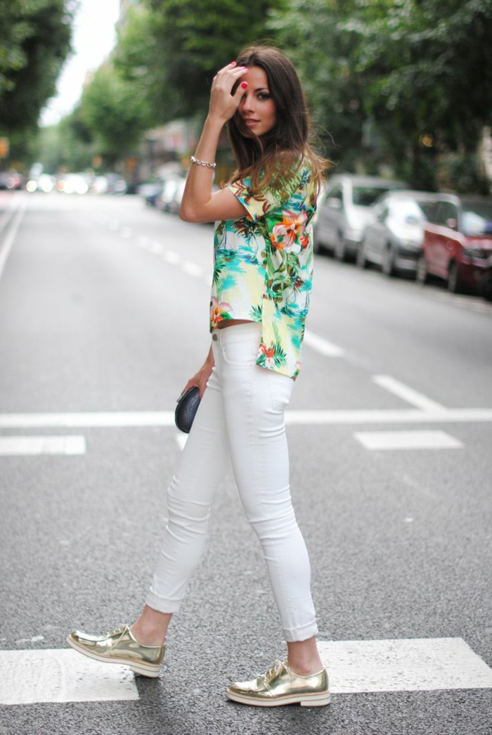 brilliant hawaiian outfit with jeans 10