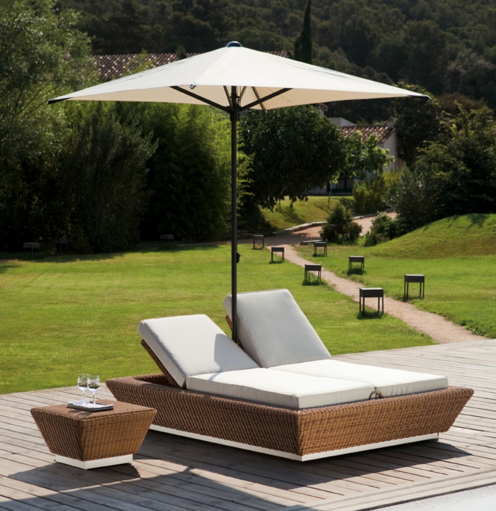 rattan liege f r den garten oder f r den pool. Black Bedroom Furniture Sets. Home Design Ideas