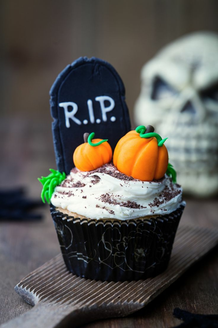 halloween geb ck 2 tolle muffin rezepte f r halloween. Black Bedroom Furniture Sets. Home Design Ideas