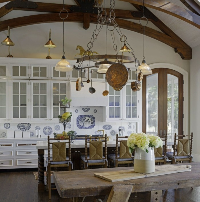 Ideen f r die k cheneinrichtung von dem country style Chic country house architecture with adorable interior design