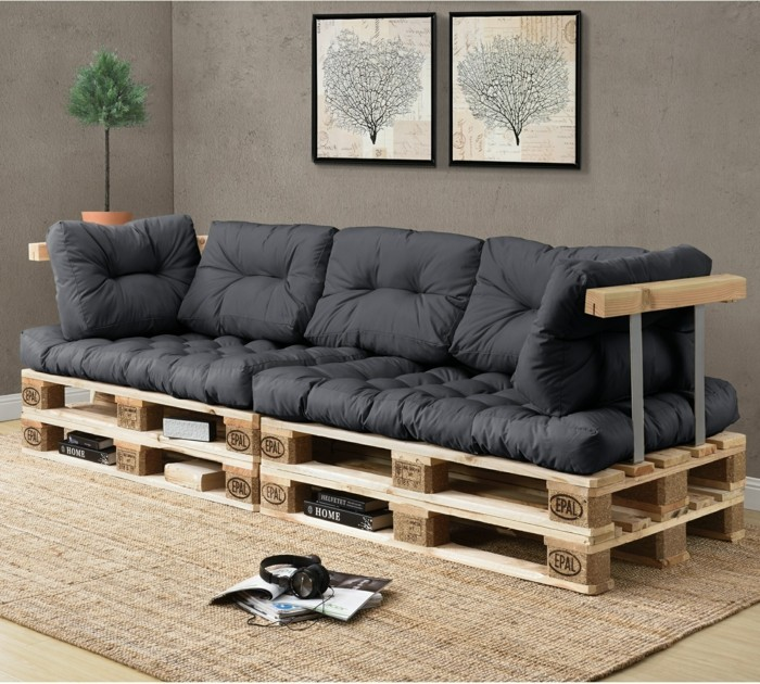 ein palettensofa selberbauen so leicht geht es. Black Bedroom Furniture Sets. Home Design Ideas