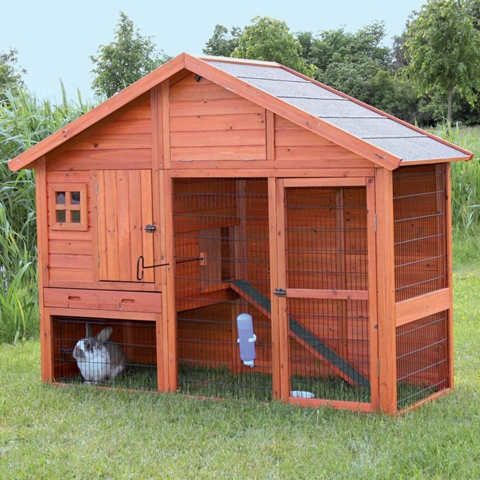 Extra Large Insulated Dog Kennel