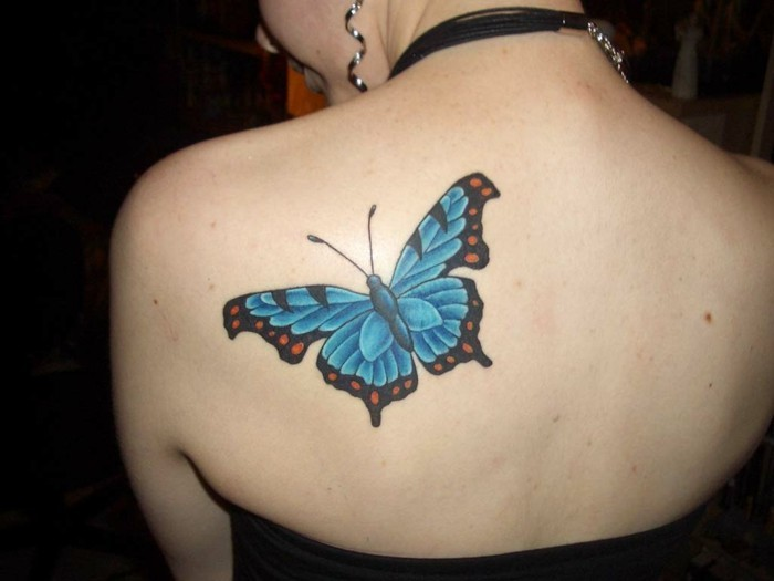 schulter tattoo schmetterling tattoo