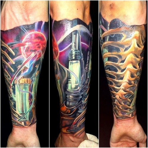Biomechanik Tattoo modern