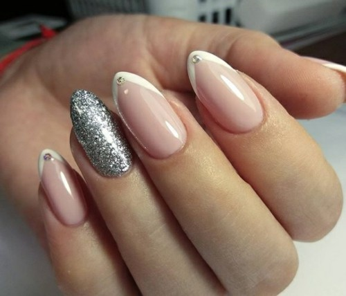 winternägel nageldesign glitzer french nägel