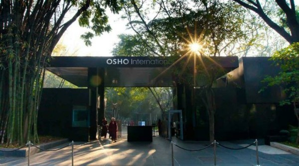 Osho Meditation Retreat Ashram Indien